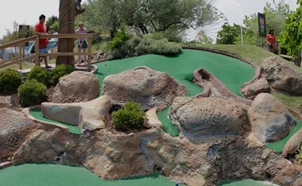 themed mini golf course in ocean city